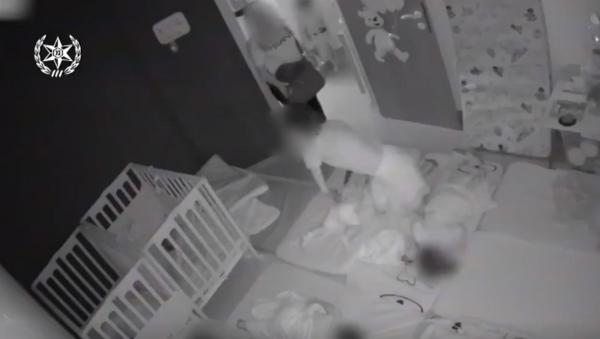 Graphic Footage Shows Caretaker Abusing Children at Israeli Daycare  - Sputnik International