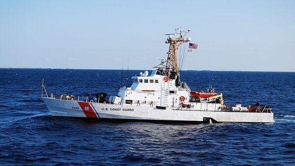 US Coast Guard Cutter Knight Island (WPB-1348), an Island-class patrol boat - Sputnik International