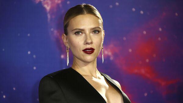 Actress Scarlett Johansson poses for photographers upon arrival at the 'Avengers Endgame' fan event in London, Wednesday, April 10, 2019 - Sputnik International