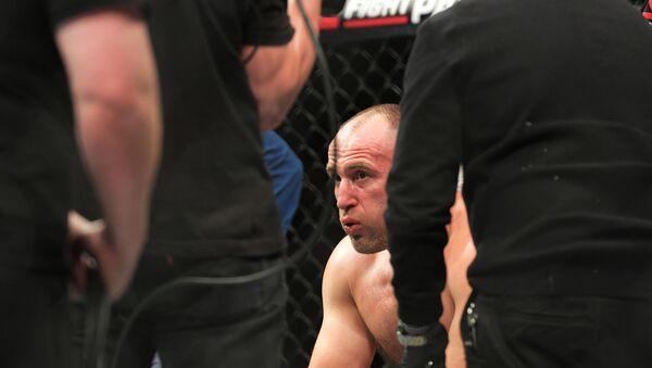 Alexey Oleynik following the fight with Alistair Overeem - Sputnik International