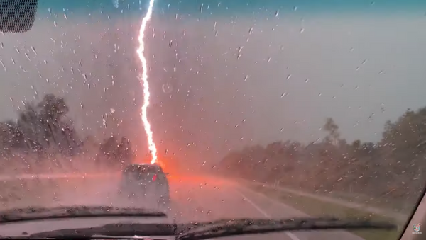 Florida Lightning Storm Rattles Commuters - Sputnik International