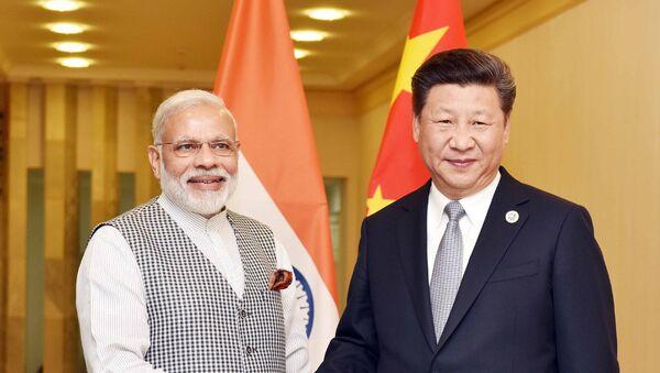 PM Modi with Chinese President Xi Jinping - Sputnik International