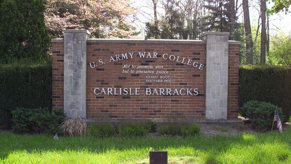 The main entrance sign to Carlisle Barracks and the U.S. Army War College - Sputnik International