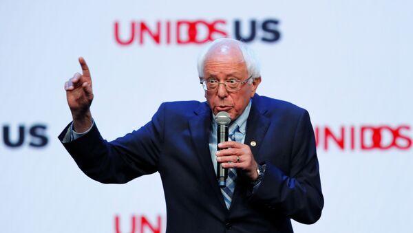 Democratic 2020 presidential candidate and U.S. Senator Bernie Sanders gestures as he speaks at the UnidosUS Annual Conference, in San Diego, California, U.S., August 5, 2019 - Sputnik International
