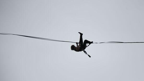 Tightrope walker - Sputnik International