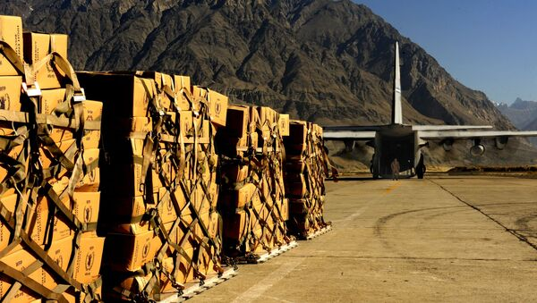 A C-130 Hercules from the 302nd Airlift Wing, Peterson Air Force Base, Colo., prepares for takeoff at the Skardu Airport in Pakistan (File) - Sputnik International