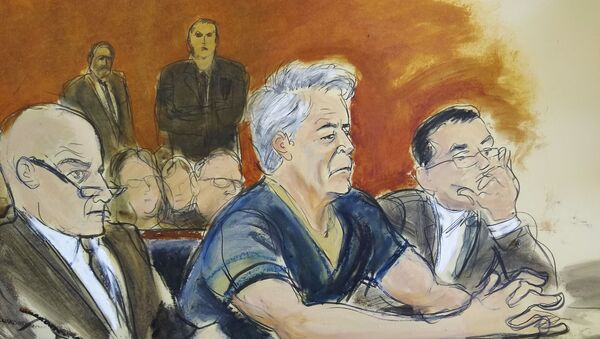 In this courtroom artist's sketch, defendant Jeffrey Epstein, centre, sits with attorneys Martin Weinberg, left, and Marc Fernich during his arraignment in a New York federal court on Monday, 8 July 2019. Epstein pleaded not guilty to federal sex-trafficking charges. The 66-year-old was accused of creating and maintaining a network that allowed him to sexually exploit and abuse dozens of underage girls between 2002 and 2005. - Sputnik International