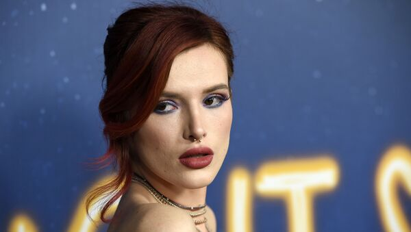 Bella Thorne, a cast member in Midnight Sun, poses at the premiere of the film at the ArcLight Hollywood on Thursday, March 15, 2018, in Los Angeles. (Photo by Chris Pizzello/Invision/AP) - Sputnik International