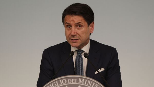 Italian premier Giuseppe Conte gives a press conference at Chigi Palace in Rome Thursday evening, Aug. 8, 2019. Italy faced a government crisis Thursday as Interior Minister Matteo Salvini of the right-wing League party called for a new election, saying his party's coalition with the populist 5-Star Movement had collapsed over policy differences. - Sputnik International