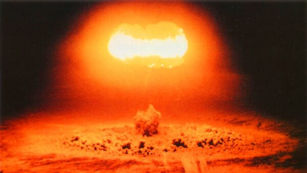 Operation Plumbob Stokes US nuclear weapons test, predicted yield 10-20 kt, August 7, 1957. - Sputnik International