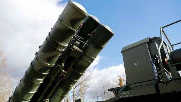 The latest S-400 Triumph anti-aircraft missile systems, which entered service with the Baltic Fleet air defense system in the Kaliningrad Region - Sputnik International