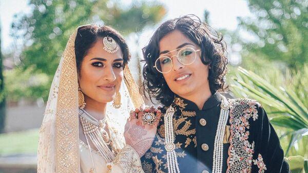 India-Pakistan lesbian couple marry in California - Sputnik International