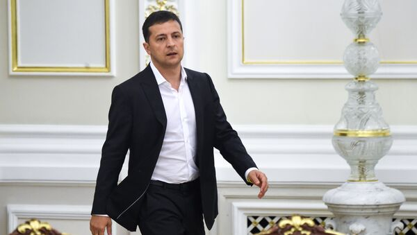 Ukrainian President Volodymyr Zelensky arrives for a meeting with the new members of the government and new president of Parliament, in Kiev on September 2, 2019 - Sputnik International