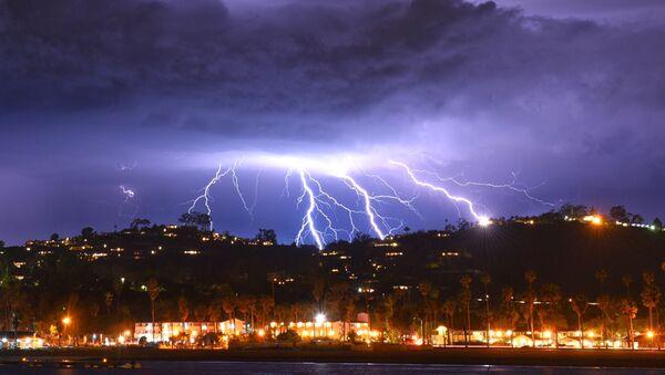 Lightning strikes - Sputnik International