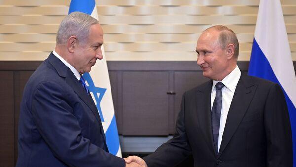 Russian President Vladimir Putin meets Israeli Prime Minister Benjamin Netnyahu in Sochi on 12 September 2019 - Sputnik International