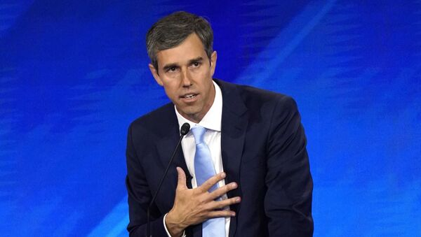 Former Rep. Beto O'Rourke delivers his closing statement at the end of the 2020 Democratic U.S. presidential debate in Houston, Texas, U.S. September 12, 2019. REUTERS/Mike Blake - Sputnik International