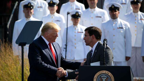U.S. President Donald Trump shakes hands with U.S. Defense Secretary Mark Esper during a ceremony marking the 18th anniversary of September 11 attacks at the Pentagon in Arlington, Virginia, U.S., September 11, 2019. REUTERS/Al Drago - Sputnik International