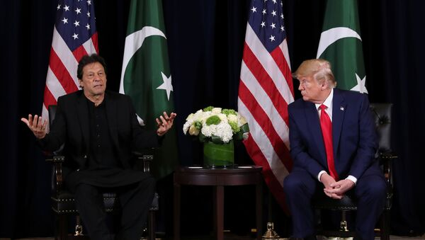 U.S. President Donald Trump holds a bilateral meeting with Pakistan's Prime Minister Imran Khan on the sidelines of the annual United Nations General Assembly meeting in New York City, New York, U.S., September 23, 2019. REUTERS/Jonathan Ernst - Sputnik International