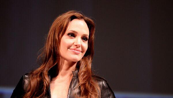 Angelina Jolie - Sputnik International