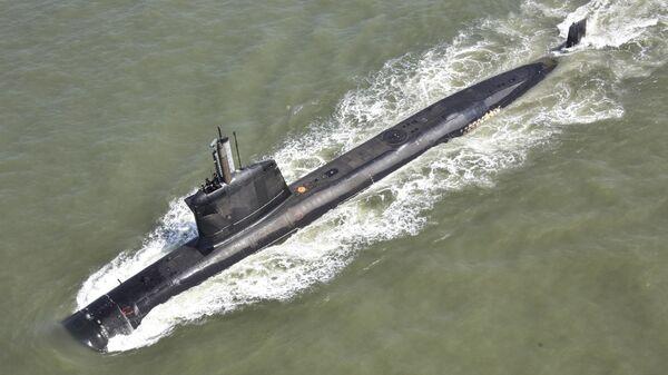 Indian Navy Set to Induct Superior Stealth Submarine Amid Power Battle in Indian Ocean - Sputnik International
