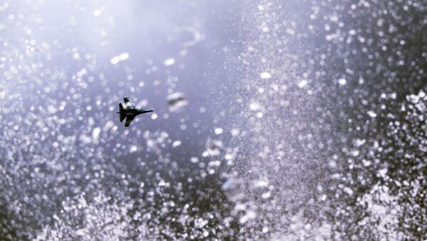 Su-35 jet during Gunsmith's Day celebrations in Izhevsk. - Sputnik International