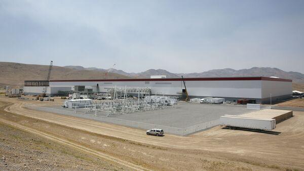 The Tesla gigactory in Sparks, Nevada - Sputnik International