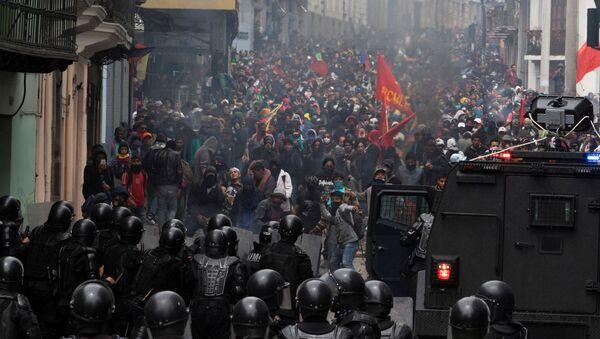 Protesters in Ecuador - Sputnik International
