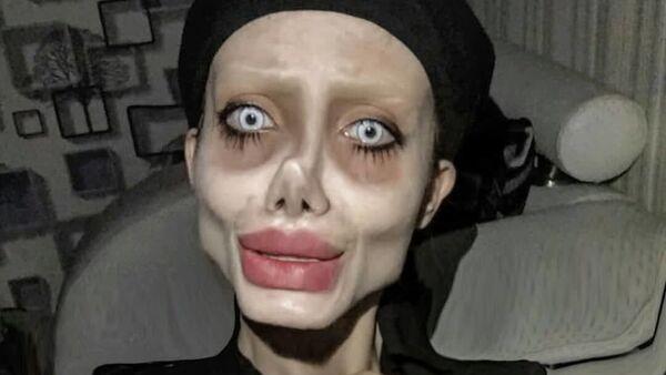 Iran's Instagram Star Sahar Tabar Dubbed Zombie Jolie - Sputnik International