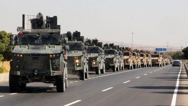 A Turkish miltary convoy is pictured in Kilis near the Turkish-Syrian border, Turkey, October 9, 2019 - Sputnik International