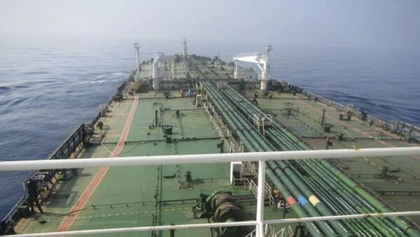 This photo released by the official news agency of the Iranian Oil Ministry, SHANA, shows Iranian oil tanker Sabiti traveling through the Red Sea Friday, Oct. 11, 2019 - Sputnik International
