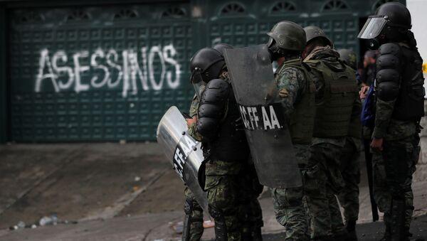 Soldiers gather during protests against Ecuador's President Lenin Moreno's austerity measures, in Quito, Ecuador October 13, 2019.  - Sputnik International