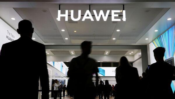 A Huawei sign at the IFA consumer tech fair in Berlin, Germany, September 6, 2019 - Sputnik International