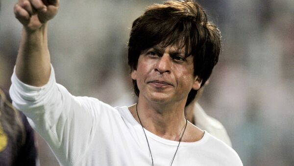 Shah Rukh Khan, Bollywood actor and Kolkata Knight Riders co-owner gestures the people in the stadium after his team won the match against Mumbai Indians at the VIVO IPL cricket T20 in Kolkata, India, Sunday, April 28, 2019 - Sputnik International