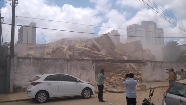 Building Collapse at Fortaleza - Sputnik International