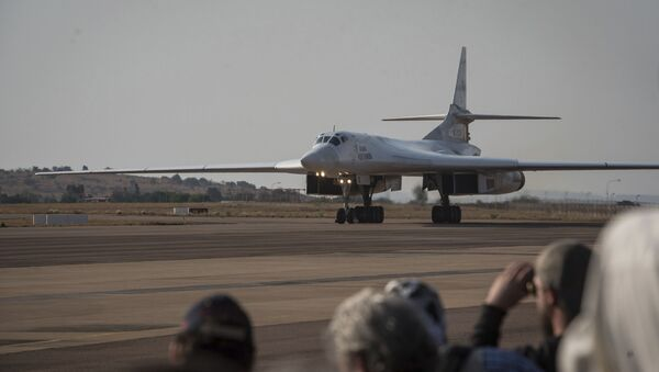 One of two Tu-160 Russian Airforce bombers land at the Waterkloof Airforce Base in Pretoria, South Africa Wednesday, Oct. 23, 2019.   - Sputnik International