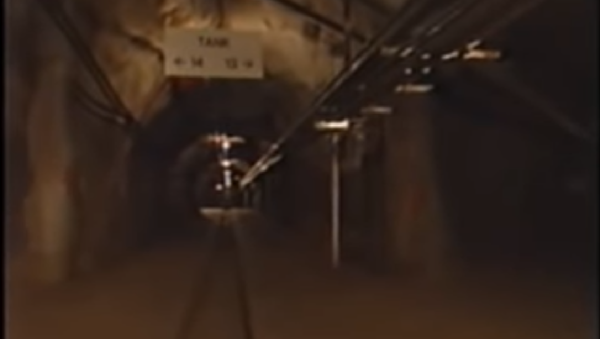 An access tunnel in the US Navy's Red Hill, Hawaii, underground fuel tank complex - Sputnik International