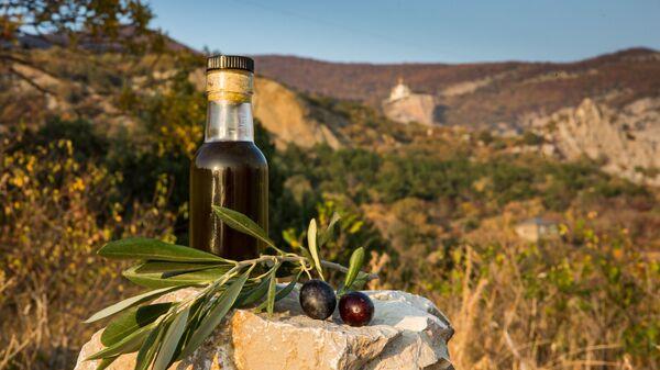 Russian olive oil from olives of Crimean Federal University - Sputnik International