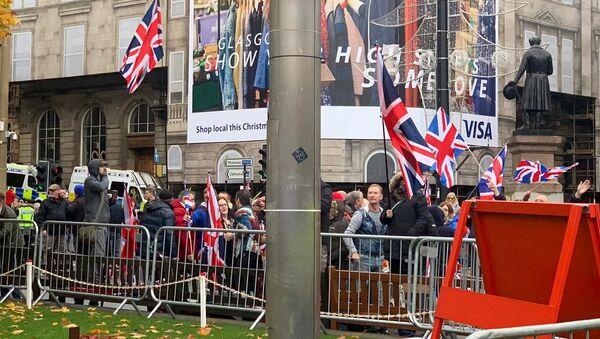 Unionist counter protestors at Indyref2020 demonstration in Glasgow - Sputnik International