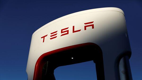 Tesla super chargers are shown in Mojave, California, U.S. July 10, 2019. - Sputnik International