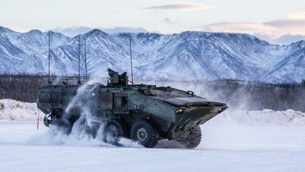 The personnel carrier variant of the Marine Corps Amphibious Combat Vehicle in Alaska - Sputnik International