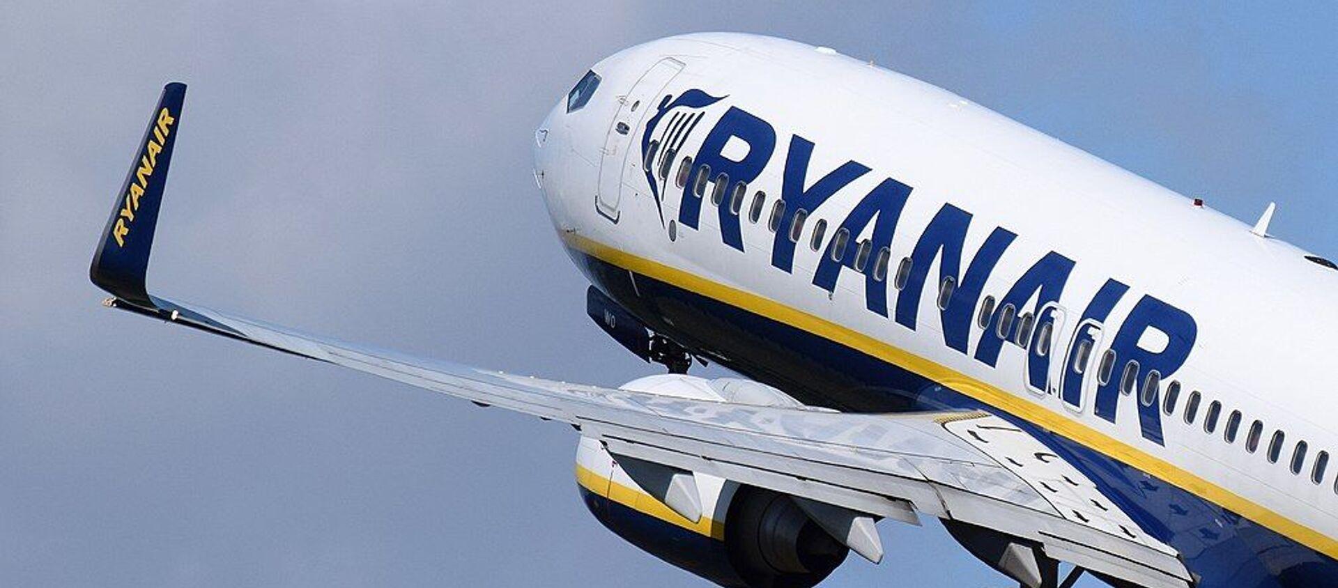 Boeing 737 Ryanair - Sputnik International, 1920