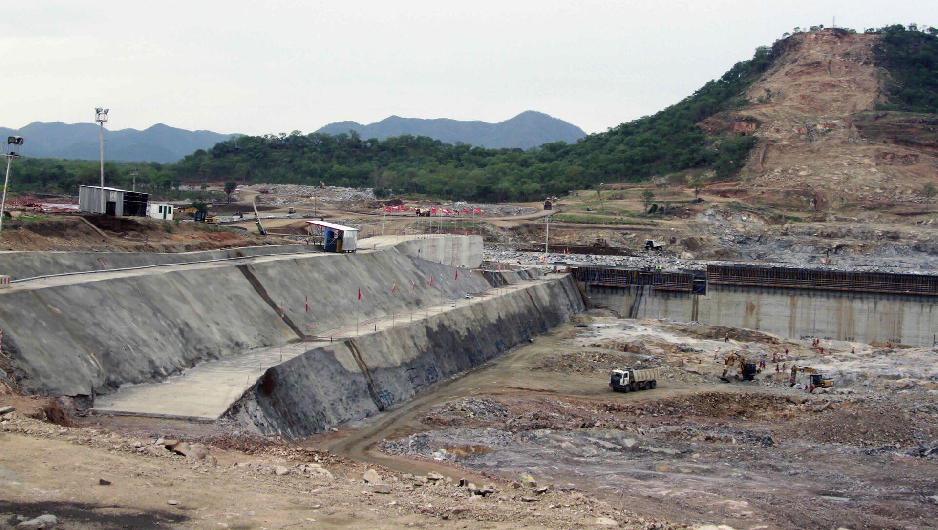Construction work takes place, at the site of the Grand Ethiopian Renaissance Dam near Assosa, Ethiopia - Sputnik International, 1920, 27.07.2021