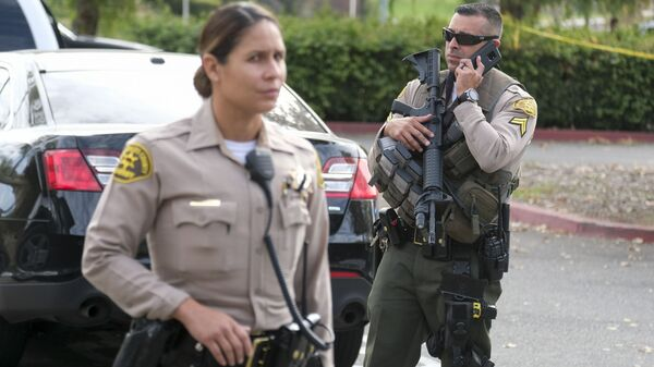 Police officers in Santa Clarita in California  - Sputnik International