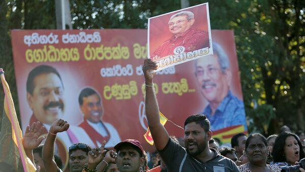 Supporters of Sri Lanka's President-elect Gotabaya Rajapaksa celebrate in Colombo, Sri Lanka Novermber 17, 2019. REUTERS/Dinuka Liyanawatte - Sputnik International