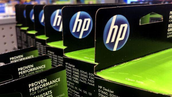The HP logo on Hewlett-Packard printer in Manchester - Sputnik International