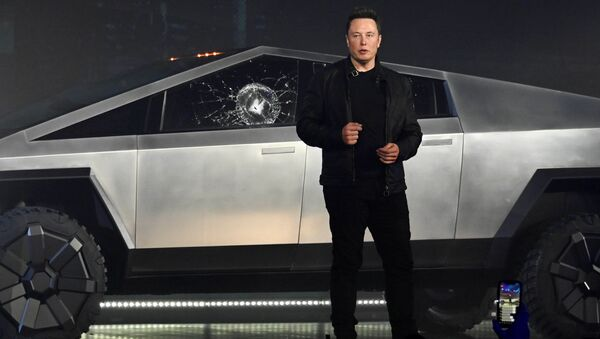 Nov 21, 2019;  Hawthorne, CA, U.S.A; Tesla CEO Elon Musk unveils the Cybertruck at the TeslaDesign Studio in Hawthorne, Calif. The cracked window glass occurred during a demonstration on the strength of the glass - Sputnik International