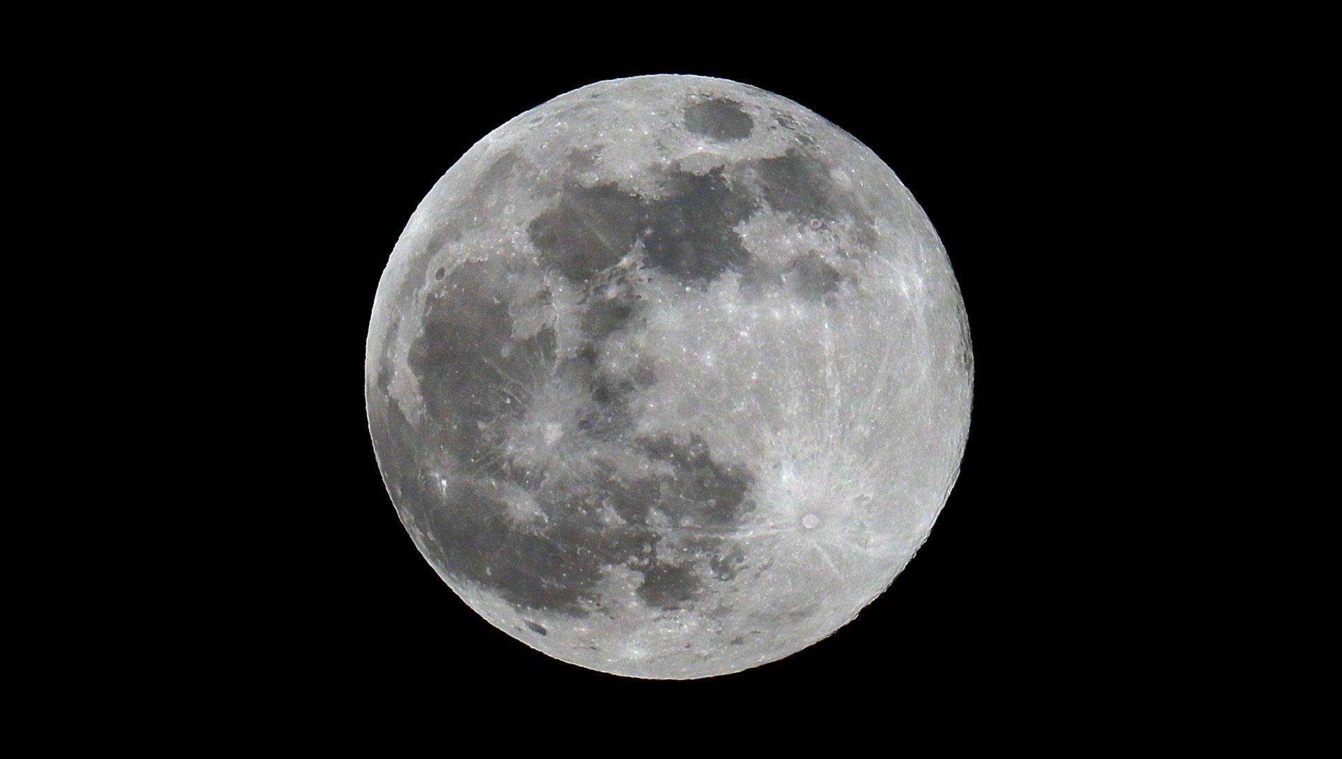 Moon - Sputnik International, 1920, 25.08.2021