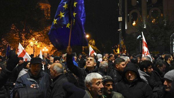 Protesters in Tbilisi, Georgia - Sputnik International