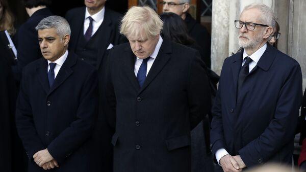 Sadiq Khan, Boris Johnson, and Jeremy Corbyn at London Bridge Vigil - Sputnik International