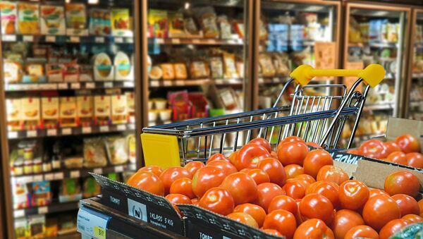 Shopping cart, grocery store - Sputnik International